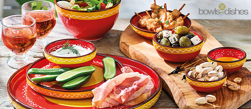 Zomerse schalen Bowls and Dishes